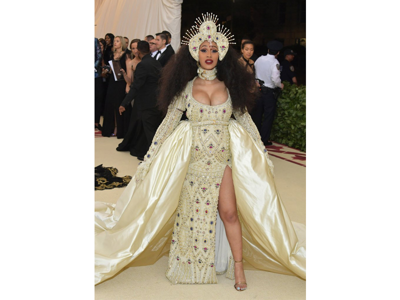 Met Gala 2018 Cardi B wearing Jeremy Scott dress and a Moschino Crown