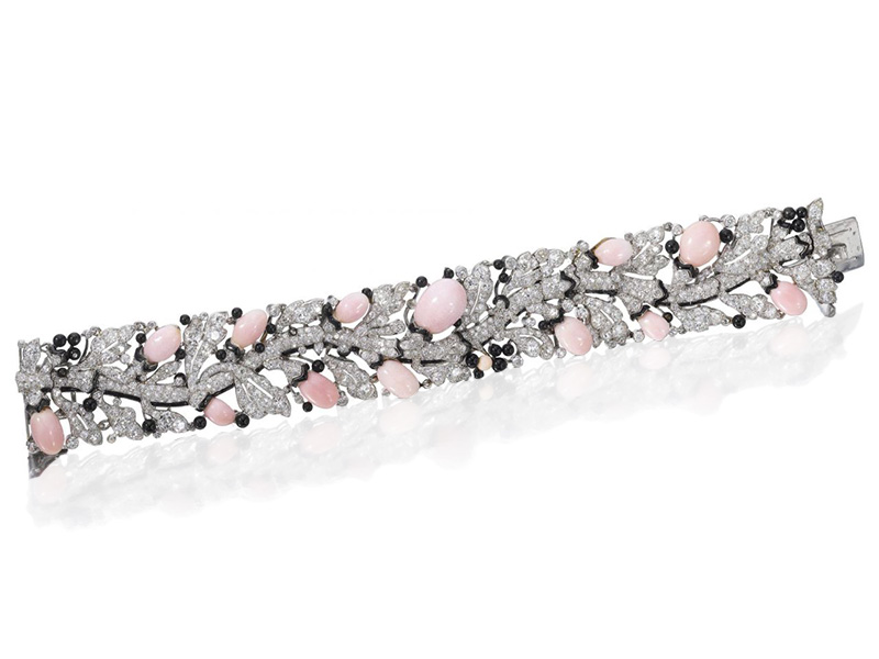 Cartier - Bracelet Art Deco avec perles de conches et émaille