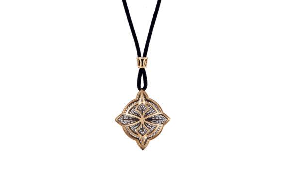 Eleuterio Couture satin thread filigree necklace