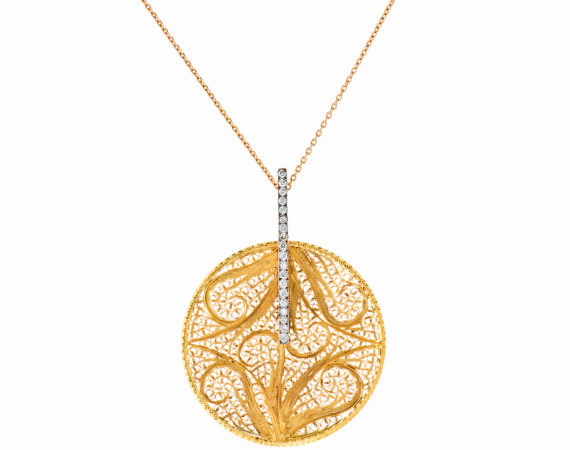 Eleuterio Deco Filigree Necklace mounted on yellow gold with diamonds