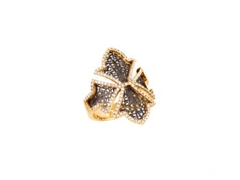 Couture yellow gold filigree diamond ring