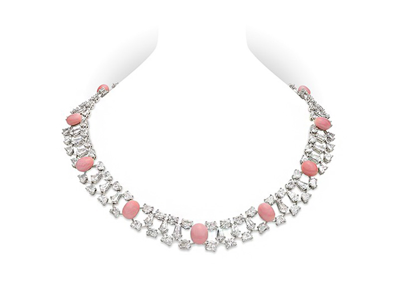 Mikimoto Empress Conch Pearl and Diamond Necklace featuring 6-9mm Conch pearls with 36,51 ct of diamonds set in platinum