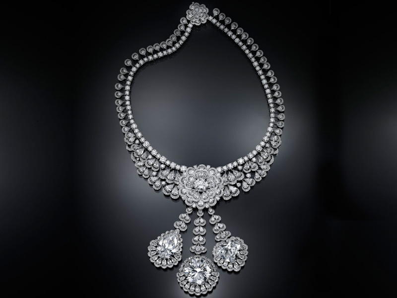 "Chopard - The Garden of Kalahari necklace mounted in 18ct white ""Fairmined"" gold adorned with three 50ct brilliant-cut, 26ct heart-shaped and 25ct pear-shaped diamonds"