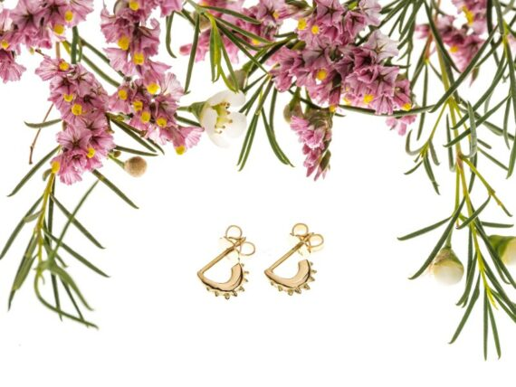 Eli-o Eos Earrings mounted on yellow gold, ~ CHF 640