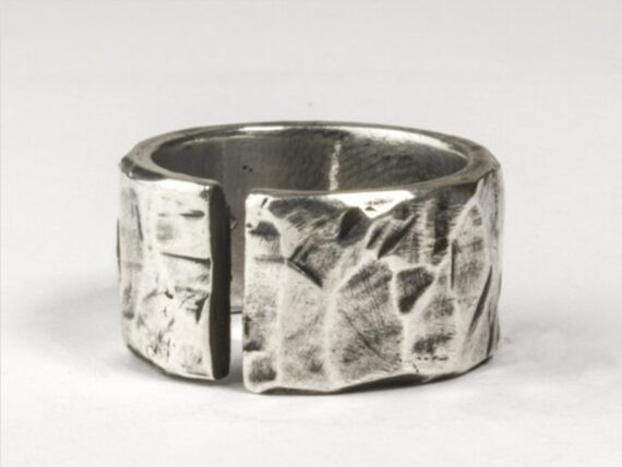 Henson Hand carved silver ring ~ USD$ 250