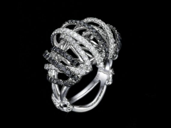 Yanush Ring mounted on white gold with diamonds