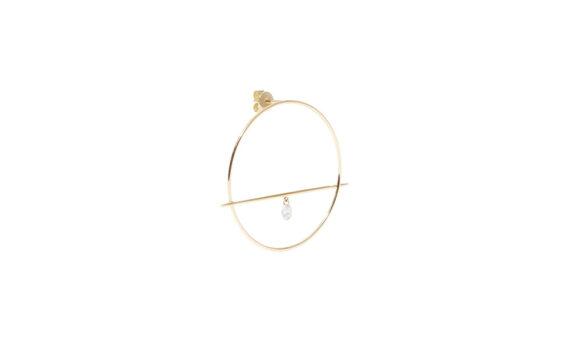 Persée Fibule one diamond earring