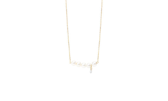 Persée Paris Perlée necklace mounted on 18ct yellow gold with pearls and one diamond