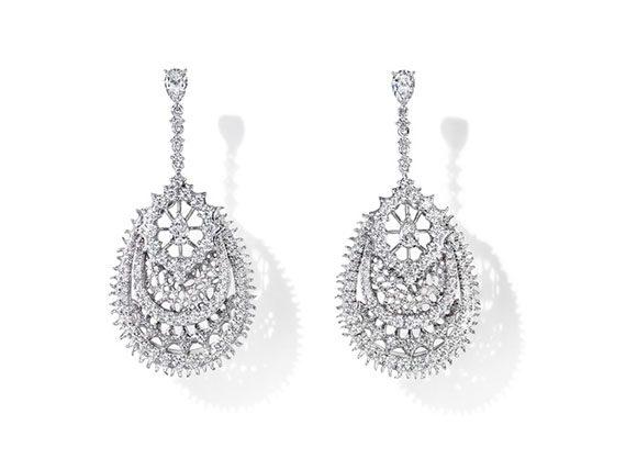 Tasaki Jewelry Dentelle Diamonds earrings