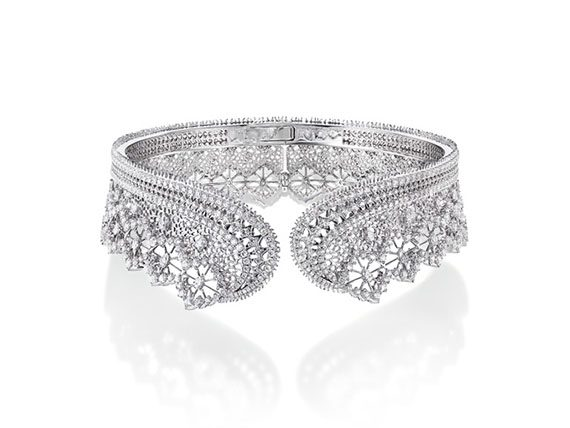Tasaki Ritz Paris by Tasaki - Dentelle Diamonds necklace mounted on platinum