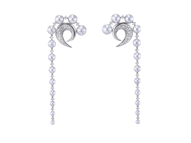 Tasaki x Prabal Gurung - Cove earrings mounted on white gold set with diamonds and Akoya pearls