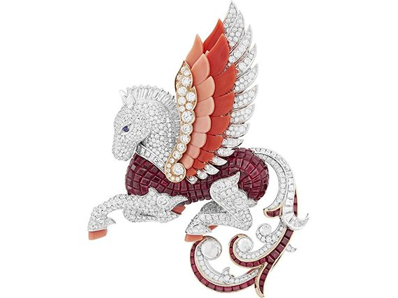 Van Cleef and Arpels Arche de Noé whimsical animals Pégasus clip