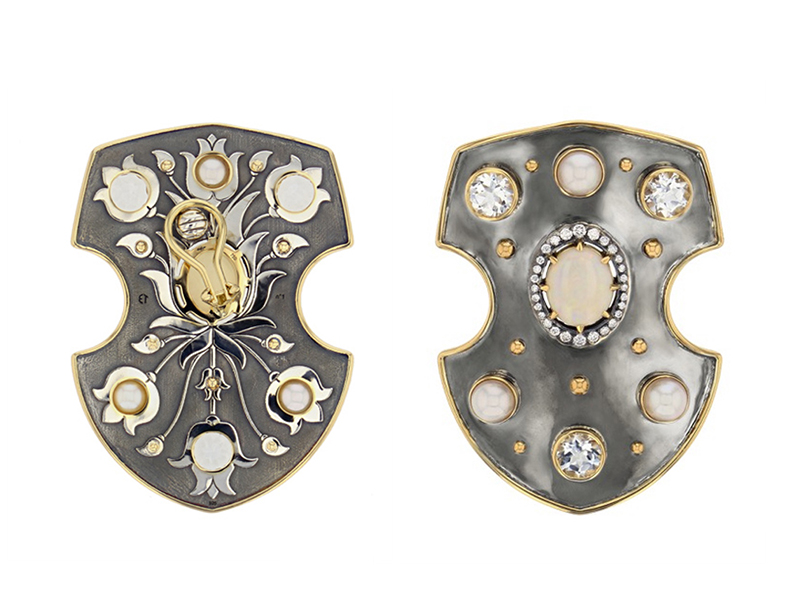 Elie Top - Earring mounted on yellow gold and silver with opal