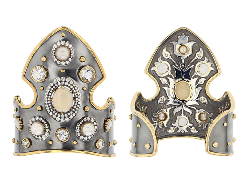 Elie Top - Cuff monted on yellow gold and silver with opal