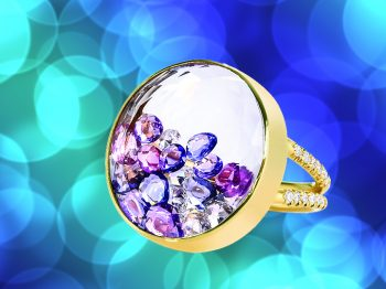 The MORITZ GLIK Ring with fragments of diamonds moving inside: most jeweled and must have!