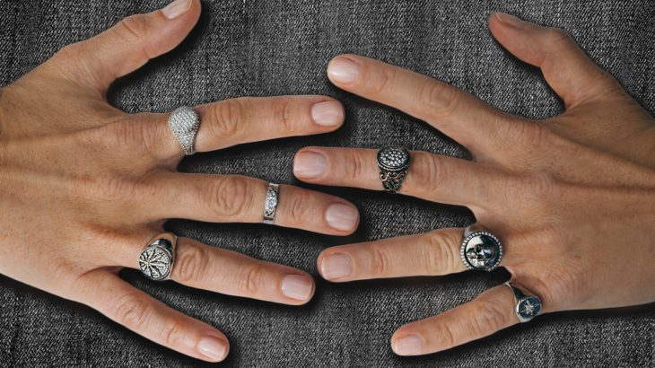 How did the Signet Ring manage to become and remain the new must have to adorn your finger?