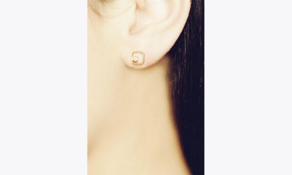 Christina Soubli Square earring studs 18ct