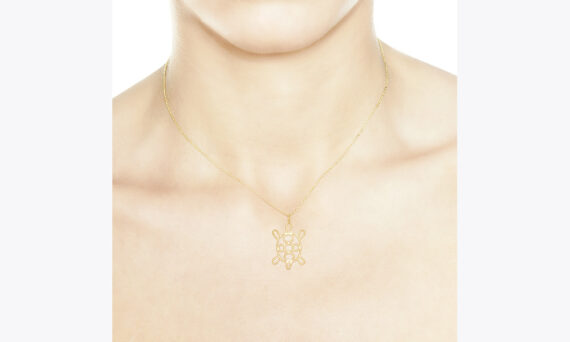 Christina Soubli Turtle pendant 18ct yellow gold