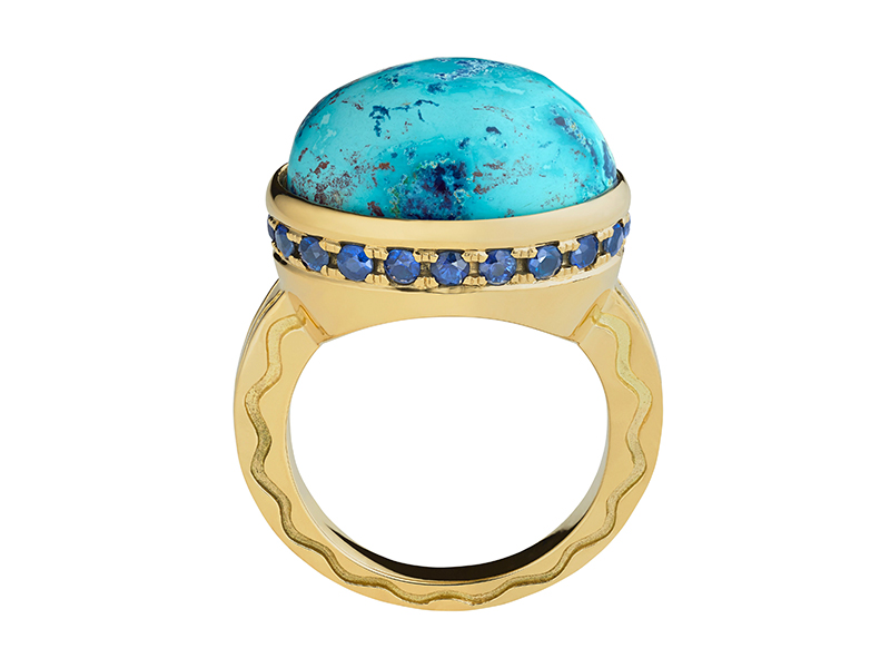 Misahara - Talas ring mounted on yellow gold with a shattuckite and blue sapphires
