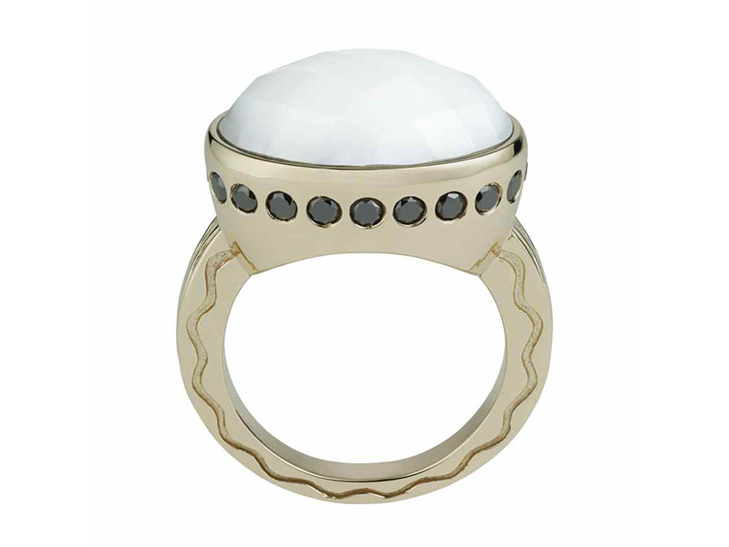 Misahara - Talas ring mounted on white gold with a white opal and black diamonds