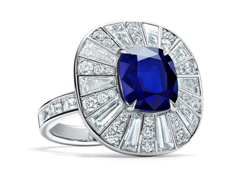 Tiffany & Co. - Sapphire and diamond ring