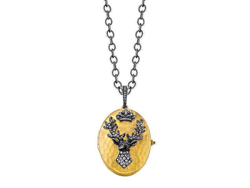 Arman Sarkisyan - Médaillon de cerf ovale en or jaune martelé