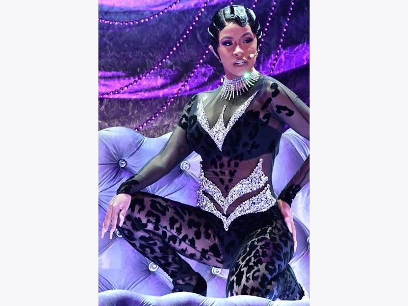 Cardi B porte un collierMessika Grammy 2019
