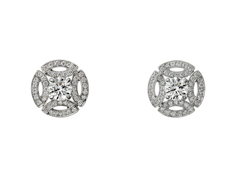 Cartier - Boucles d'oreilles Galanterie de Cartier en or gris serties de diamants