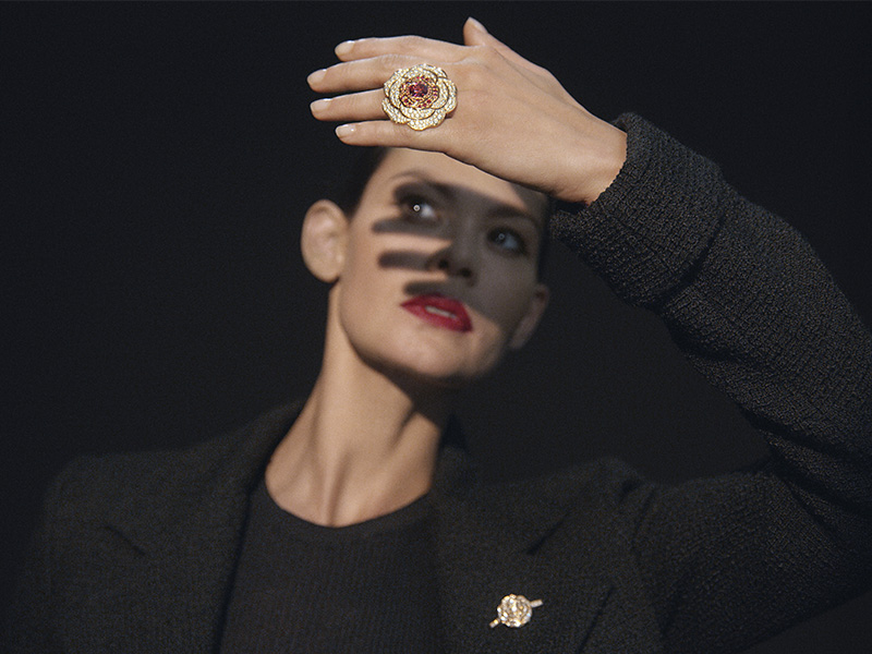 Chanel - Tenation Red Ring transformable mounted on rose gold set with red spinels and diamonds