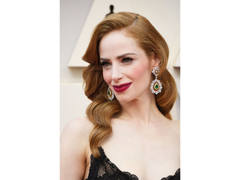 Buccellati - Jaime Ray newman wore Buccellati earrings Oscars 2019
