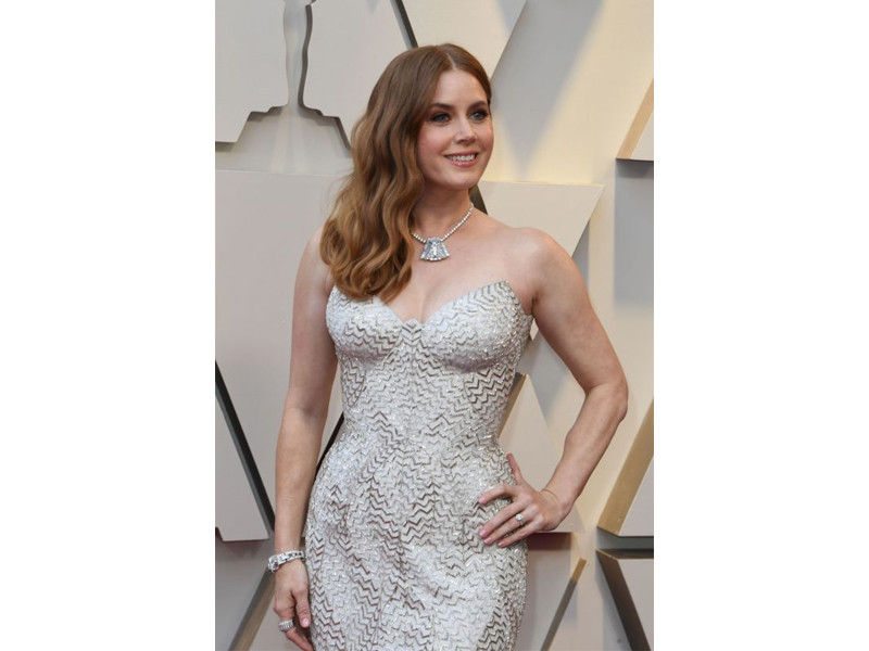 "Cartier - Amy Adams portait un collier issue de la collection ""High Jewelry Tennis"" en platine serti de diamants"