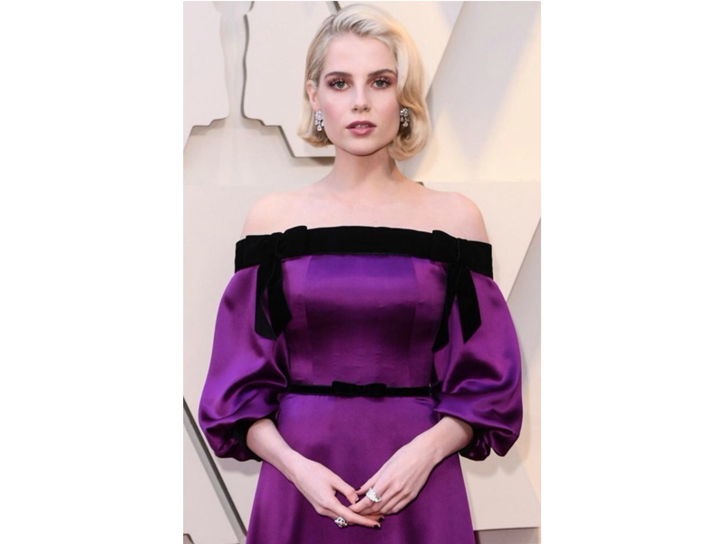 Cartier - Lucy Boynton wore vintage earrings mounted on platinum and 18k wite gold set with diamonds; Maillon Panthère ring set in 18k white gold and Paris Nouvelle Vague ring mounted on 18k white gold with diamonds
