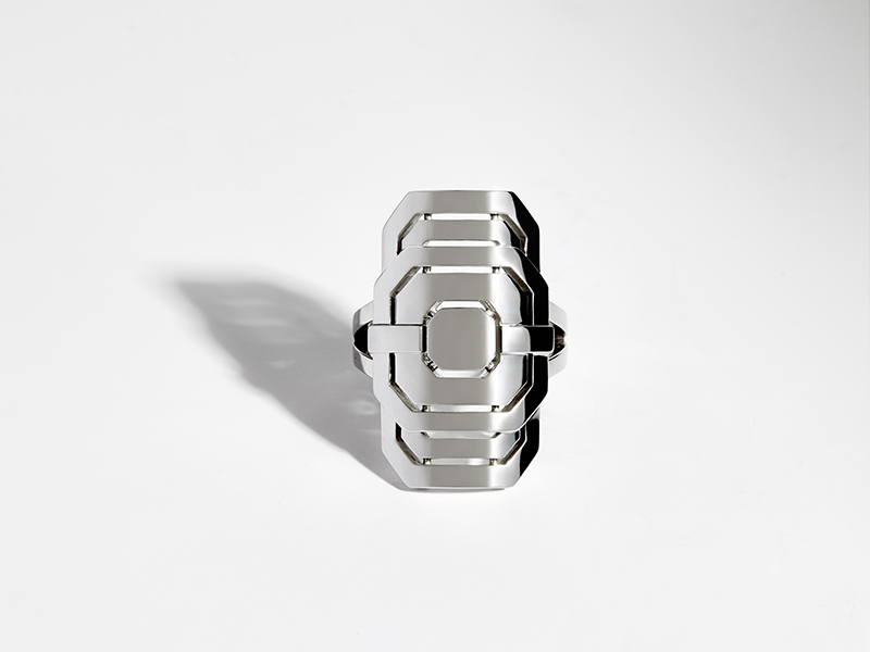 Statement - Myway ring mounted on silver