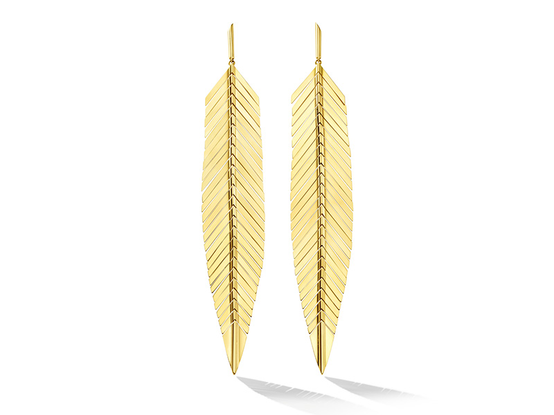 Cadar - Feather drop earrings, size large, mounted on 18K yellow gold