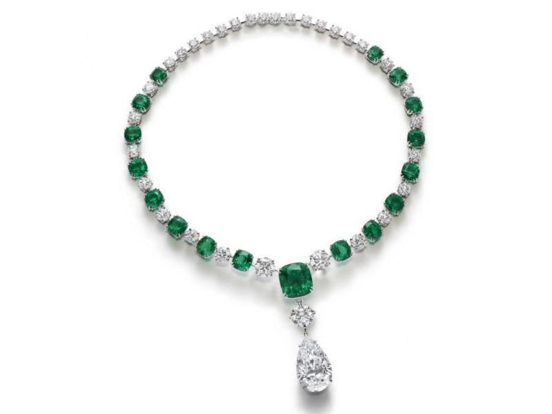 Chopard - Collier La Perfection à l'Etat Pure serties de diamants et d'émeraudes