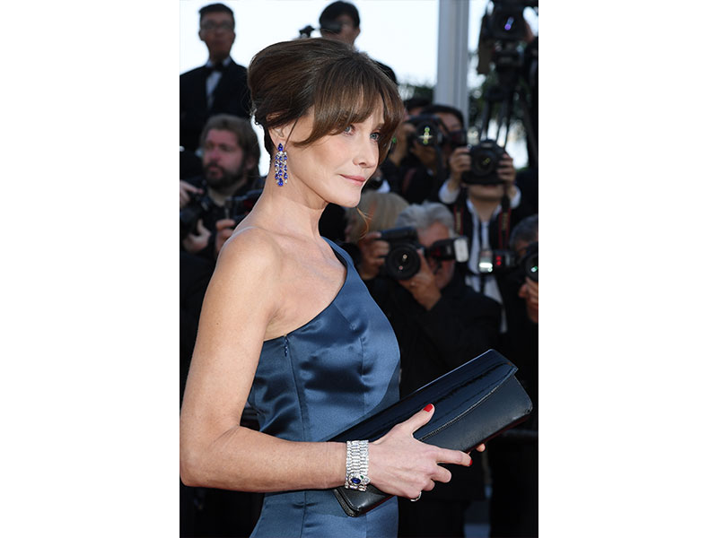 Festival de Cannes Bvlgari Carla Bruni High Jewelry earrings Cinemagia collection Serpenti ring two high jewelry cuffs