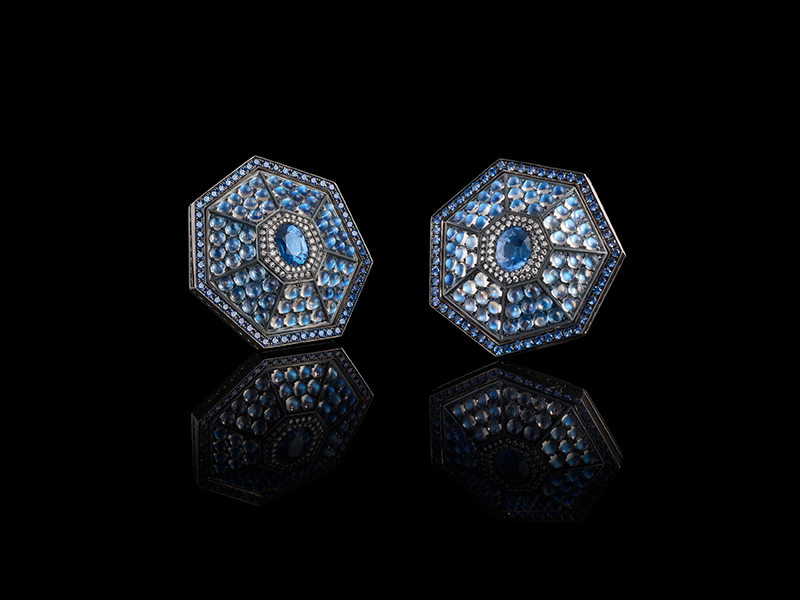 Oselieri-Racine - Heptagon earrings mounted on white gold and blackened silver set with 2 spinels, moonstones, sapphires and diamonds
