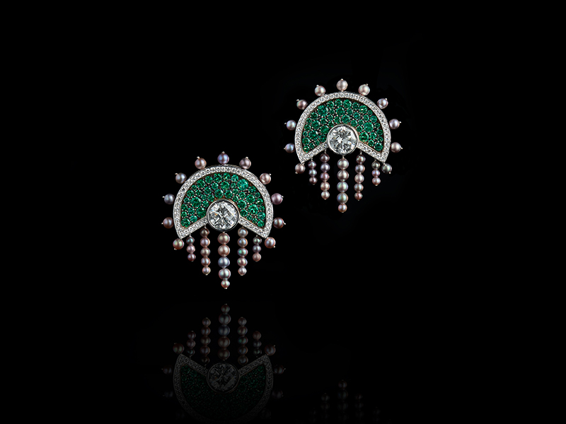 Oselieri-Racine - Lampiao earrings mounted on white and blackened gold set with diamonds, emeralds and natural pearls