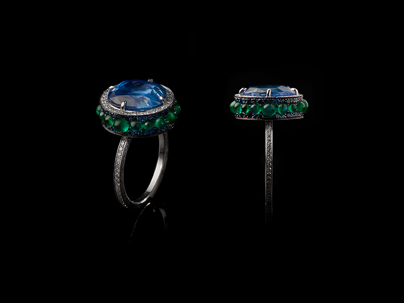 "Oselieri-Racine - Art Déco ""Lampiao"" earrings mounted on blackened gold and set with emeralds, diamonds and natural pearls"