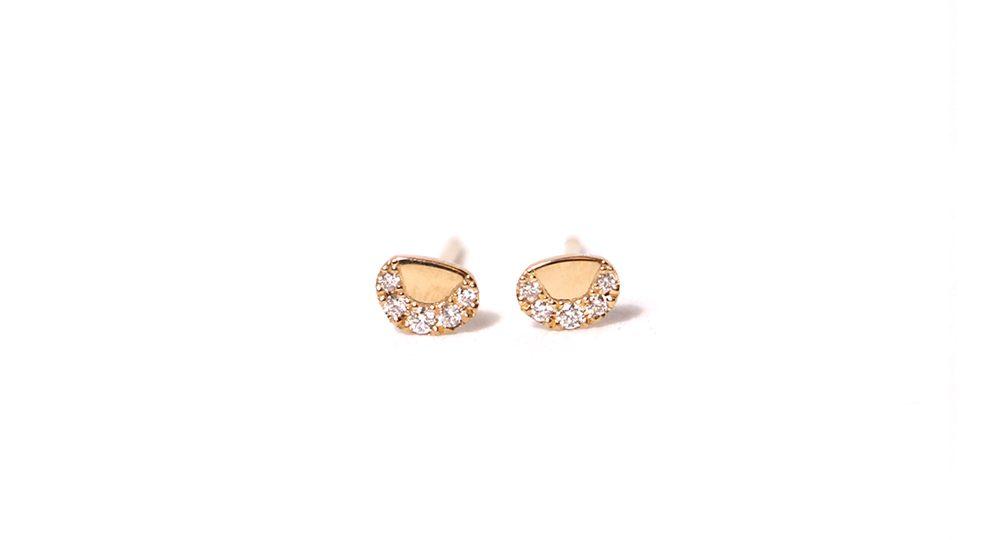 Pebble white diamond earrings