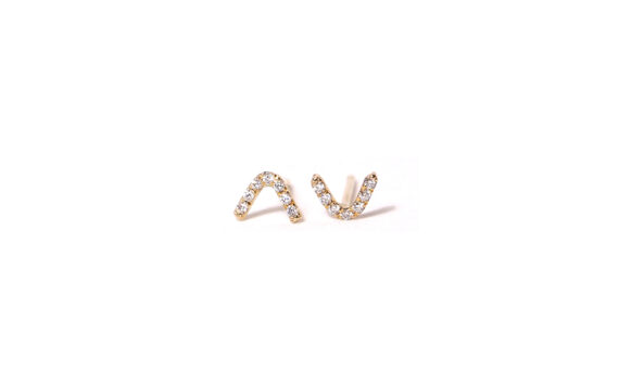 V diamond stud earrings