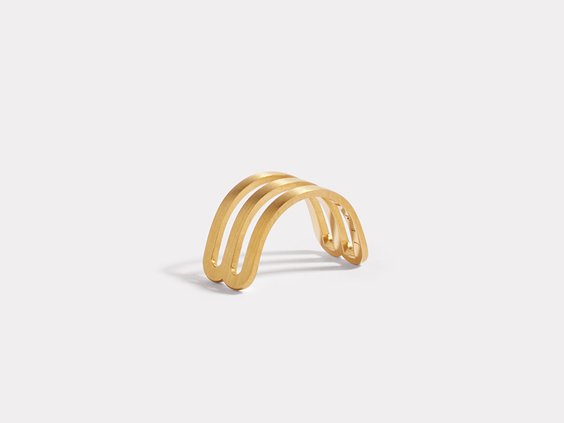 JEM - Half ring Etreintes mounted on Fairmined yellow gold