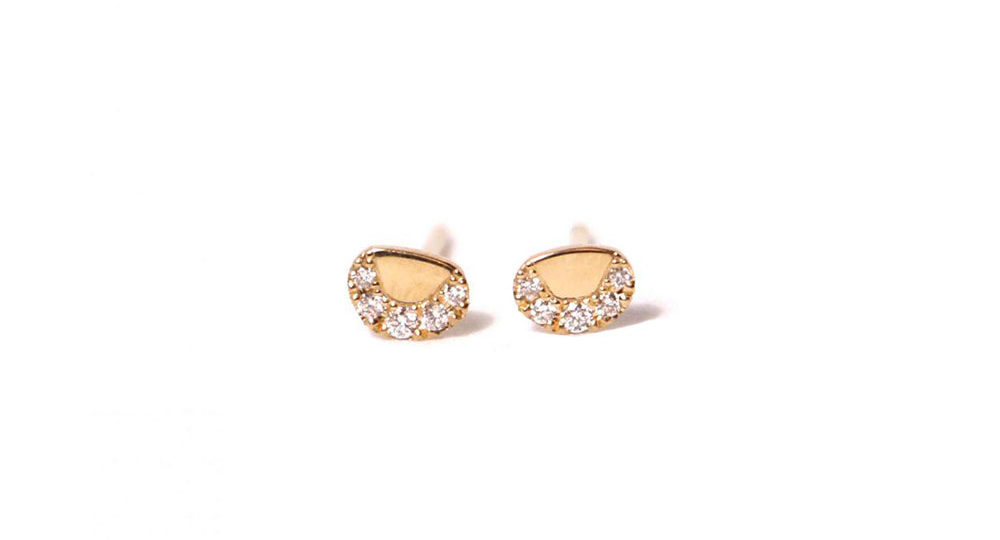 Pebble white diamond earrings