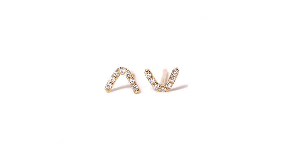 Puces d'oreilles V diamant
