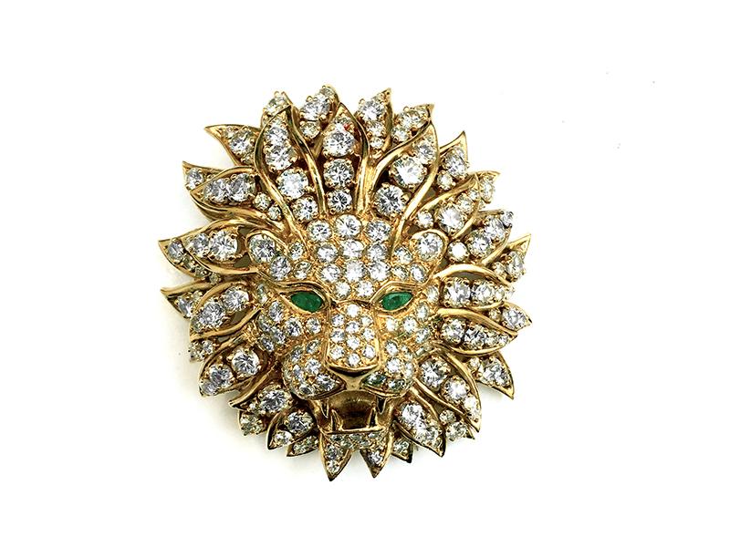 Van Cleef & Arpels - Broche Lion en or jaune sertie de diamants et de deux émeraudes