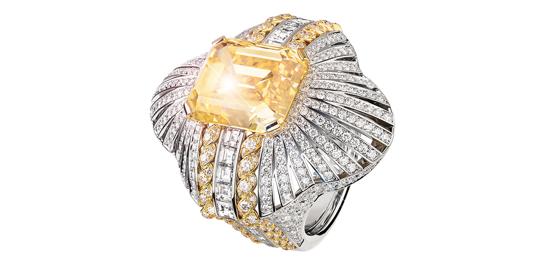 CUFF YELLOW DIAMOND FANCY VIVID