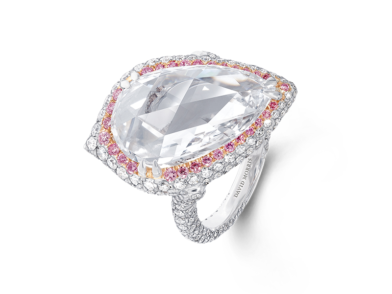 David Morris - Ring embellished with a 6.70ct pear cut diamond and pink diamonds
