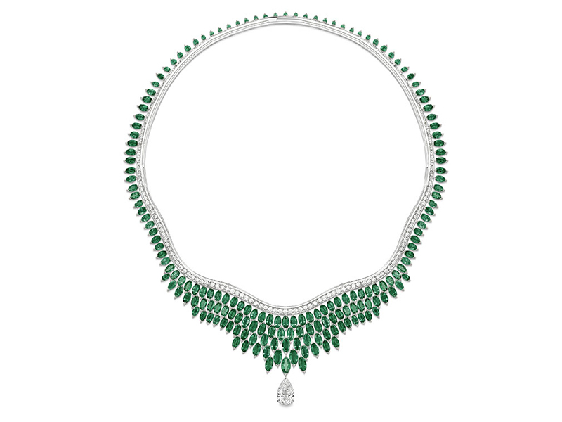 Piaget - Lush Oasis Necklace set with emeralds and a diamond