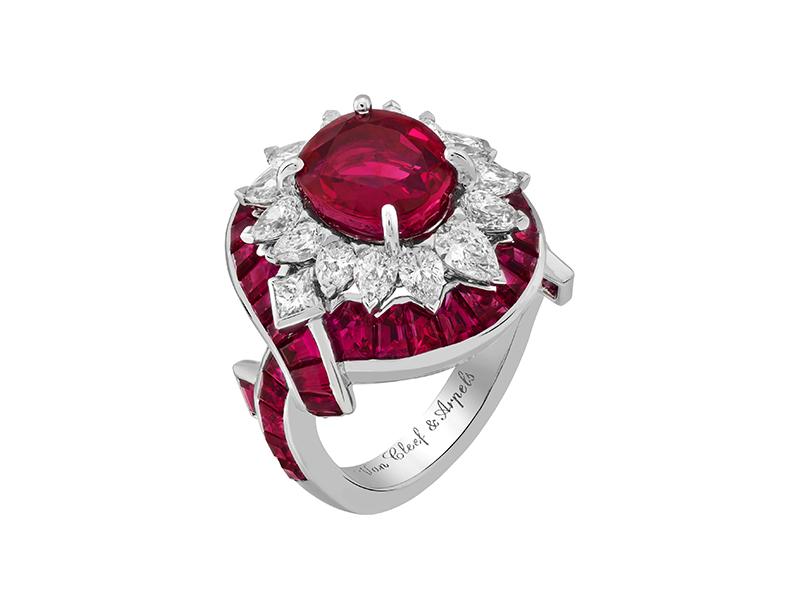 Van Cleef & Arpels - Bague filtre d'amour en or blanc sertie de rubis et de diamants