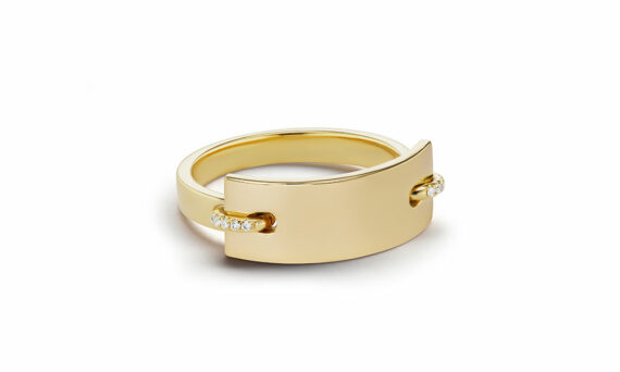 Sandrine de Laage Nom de plume ring mounted on 18ct yellow gold